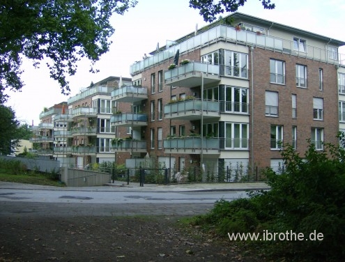 Felsen-Heckenstr_2763x2100